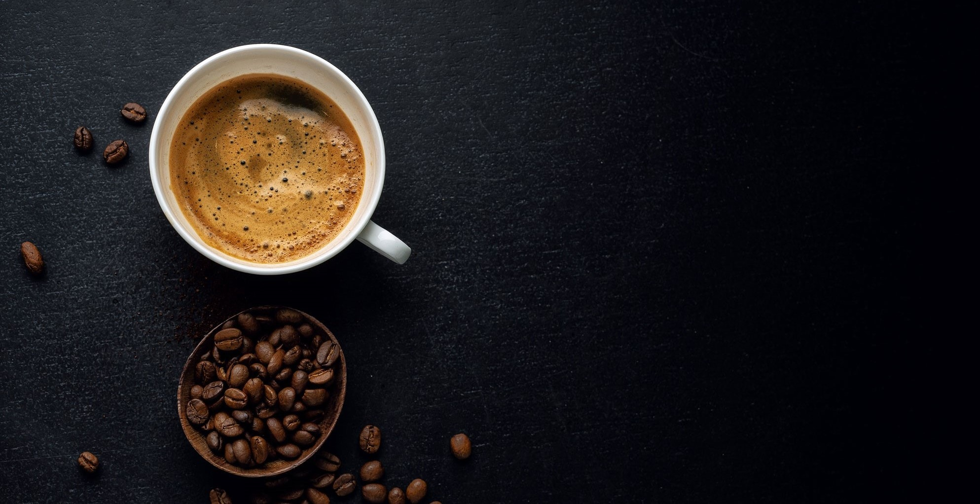 coffee-background-with-coffee-beans-CGDTGHD